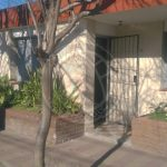 2 Casas en Alejo Peiret al 200
